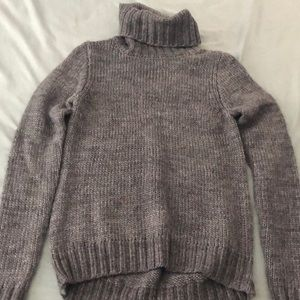 Grey The Limited turtle neck 😍
